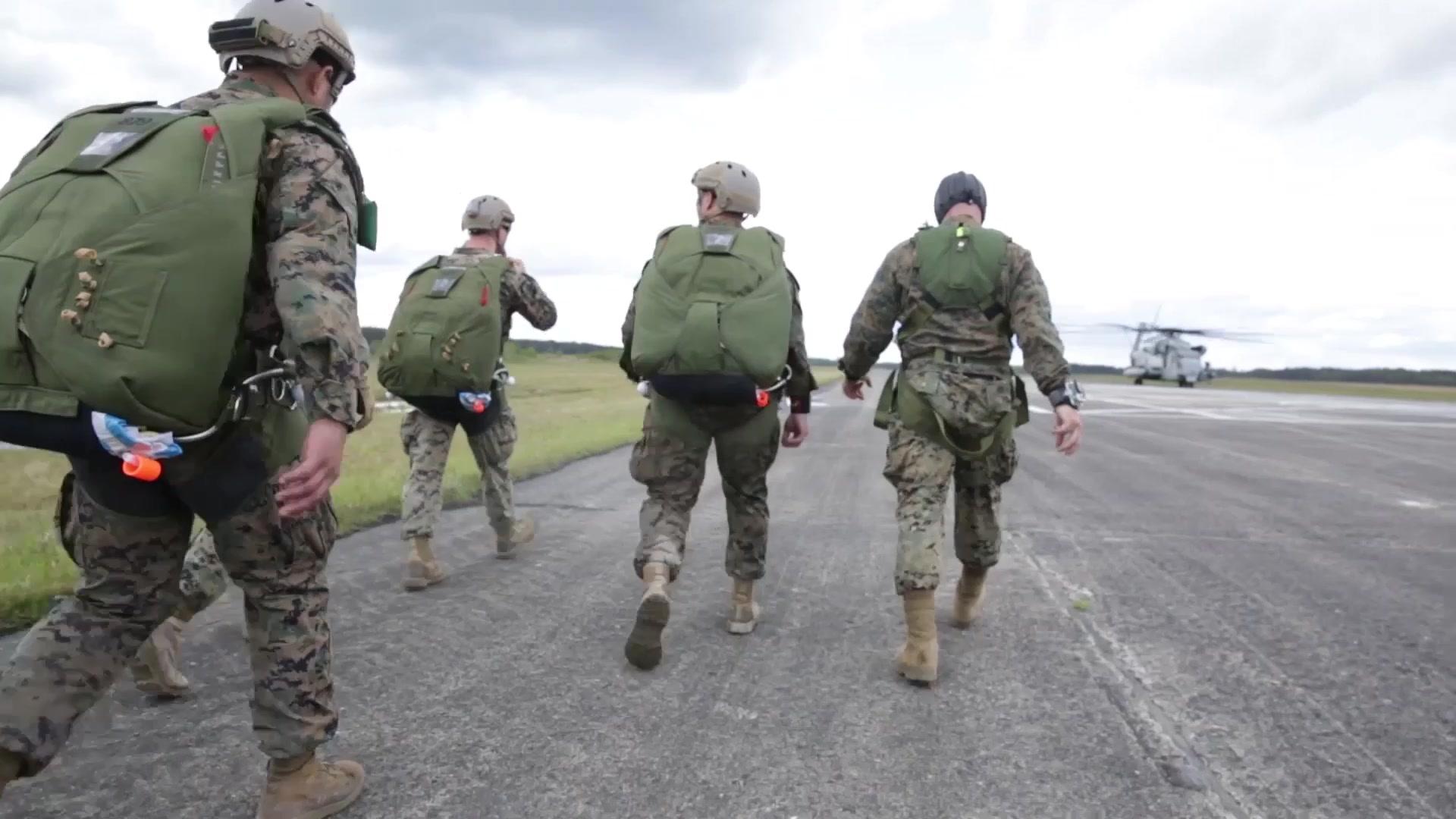 Marine Forces mand