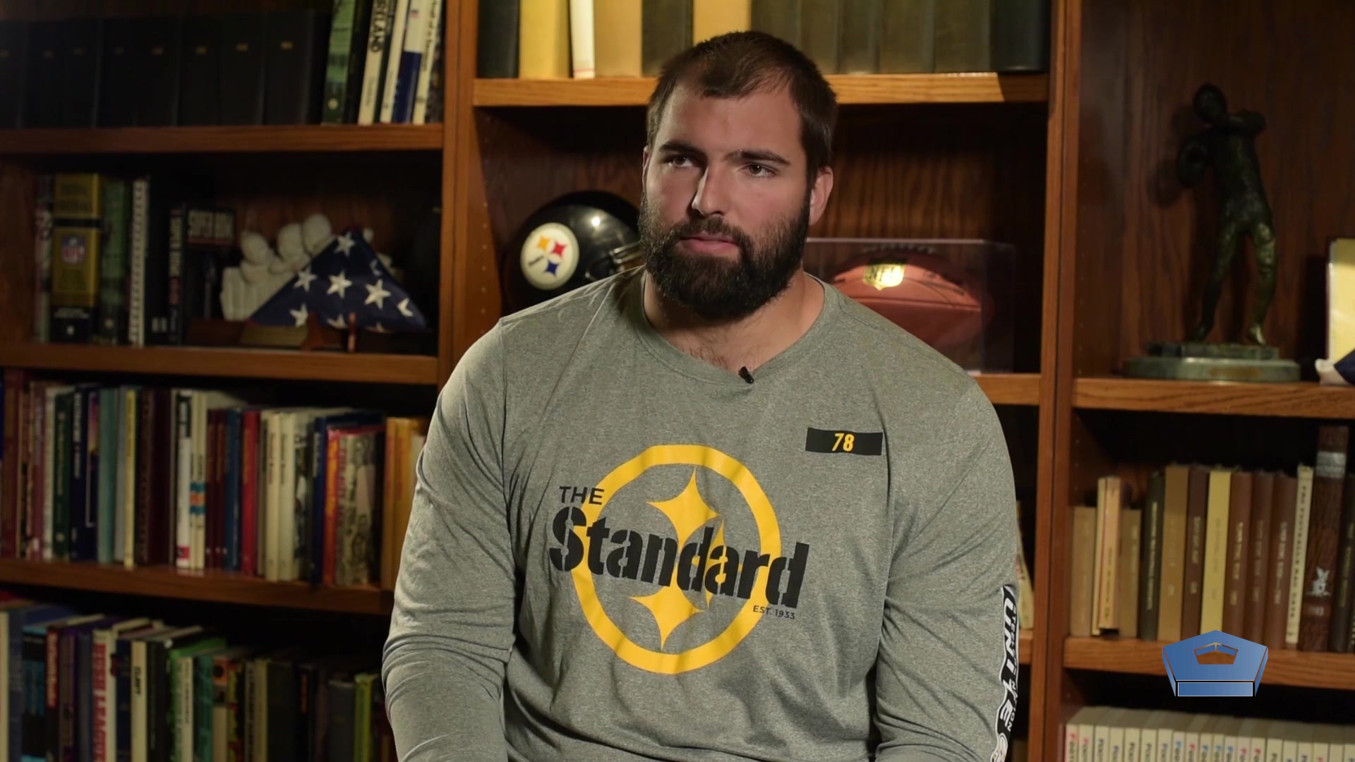 Alejandro Villanueva went from defending our country in the trenches of Afghanistan to defending the blind side of NFL quarterbacks in the trenches of an offensive line. He says the two worlds are different, yet they share certain traits.