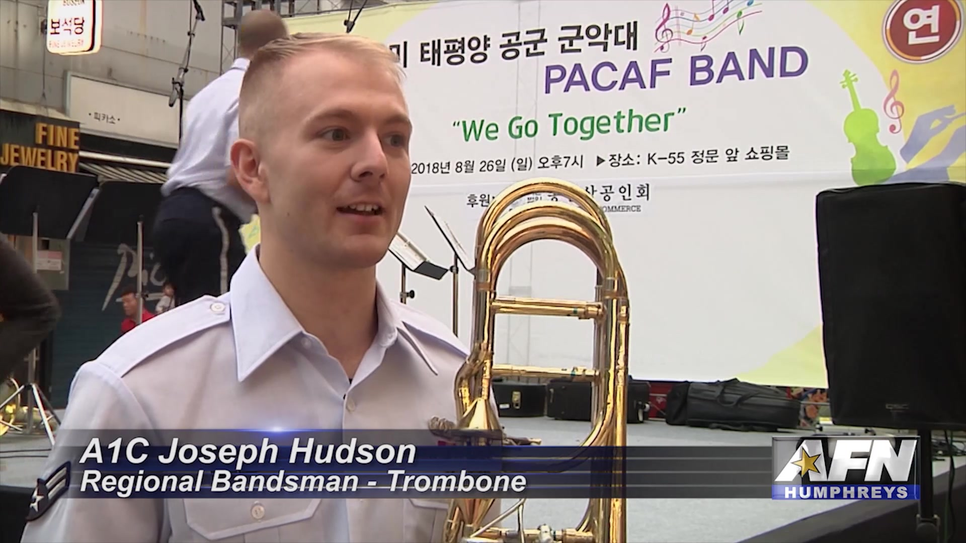 The Pacific Air Force brass quintet stopped by the Songtan shopping district to perform for members of the local community.