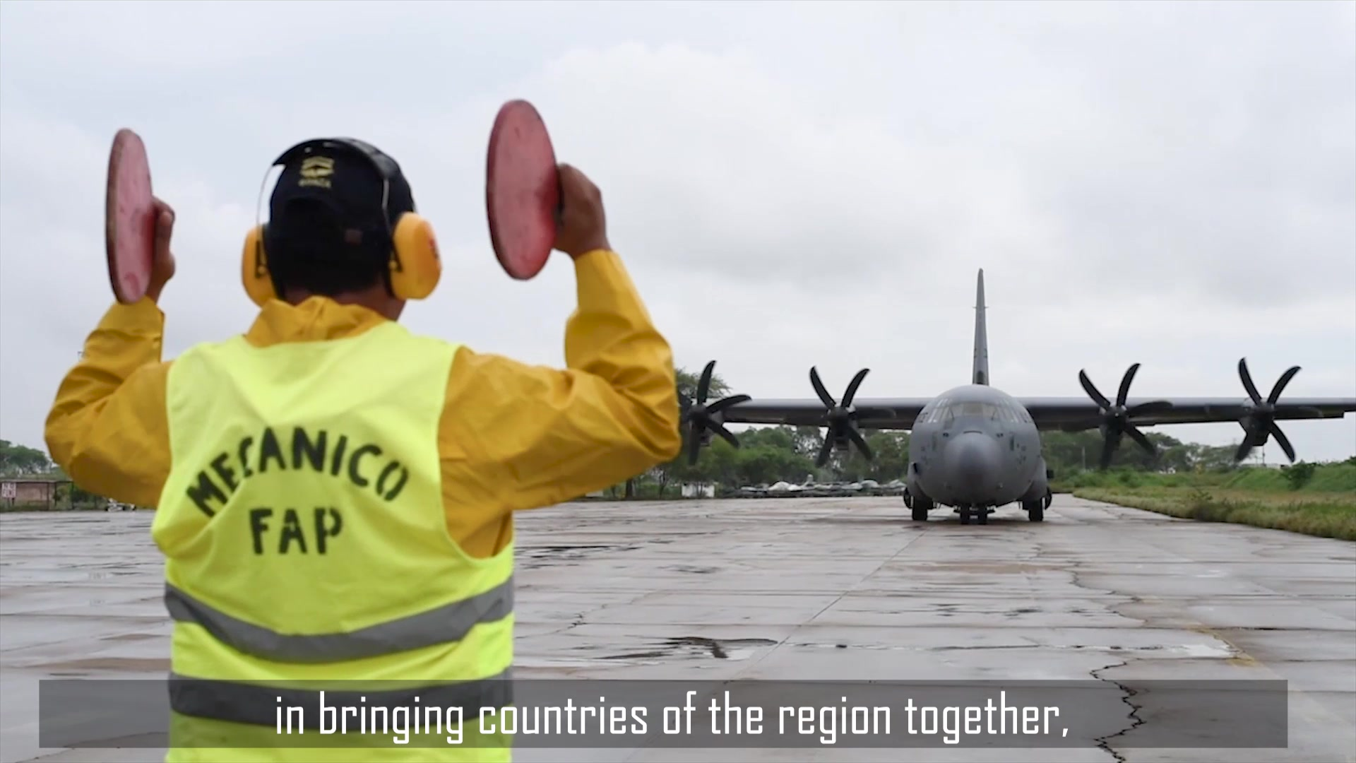 Unidos-Aliados. Este es el lema del Sistema de Cooperación entre las Fuerzas Aéreas Americanas, o SICOFAA. La organización es una colección de más de 20 fuerzas aéreas de todo el hemisferio occidental que trabajan juntas para combatir desastres naturales y crisis de ayuda humanitaria en toda la región.