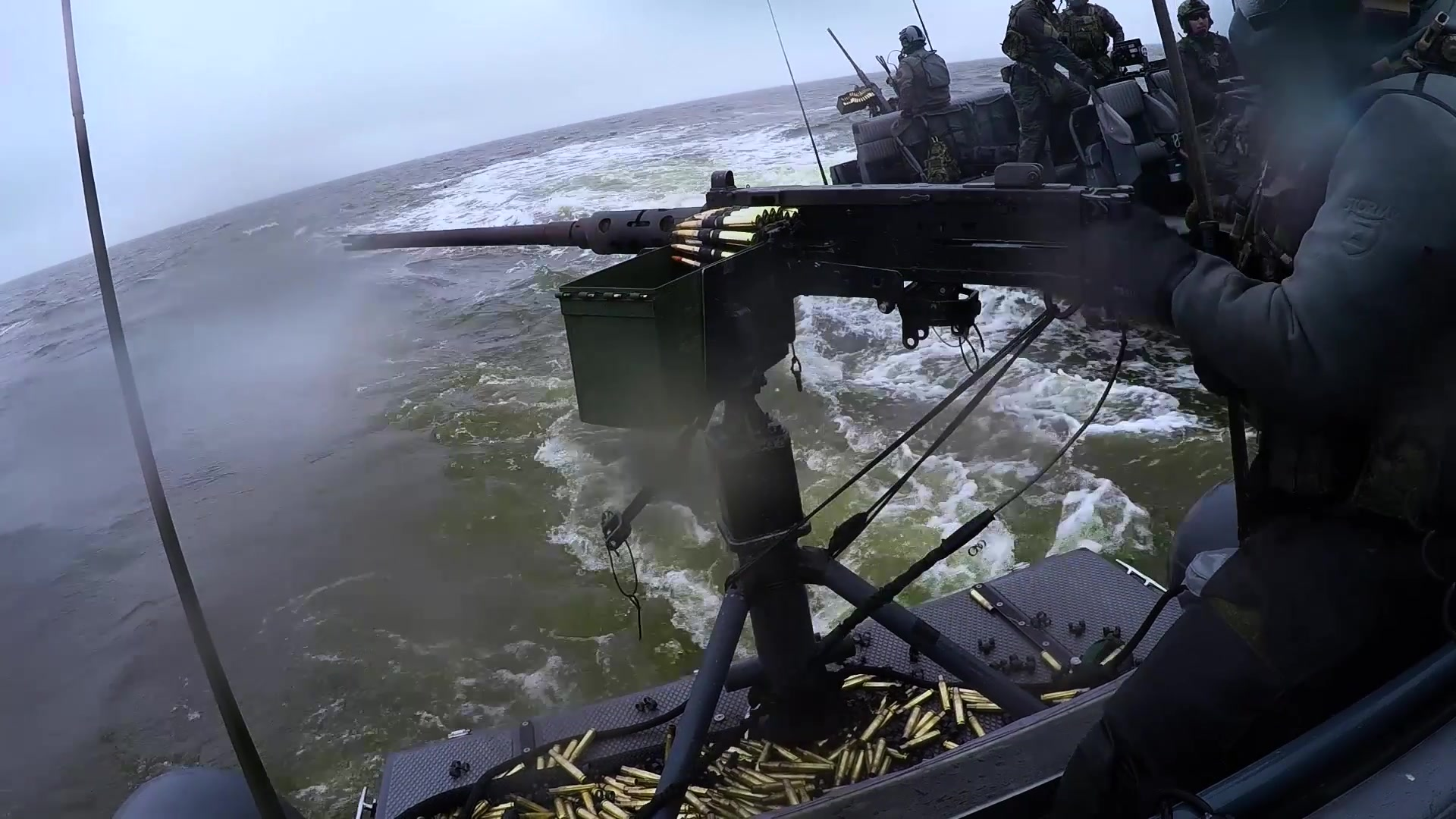 US Navy : Special Boat Team 22 – Dynamic Live-Fire