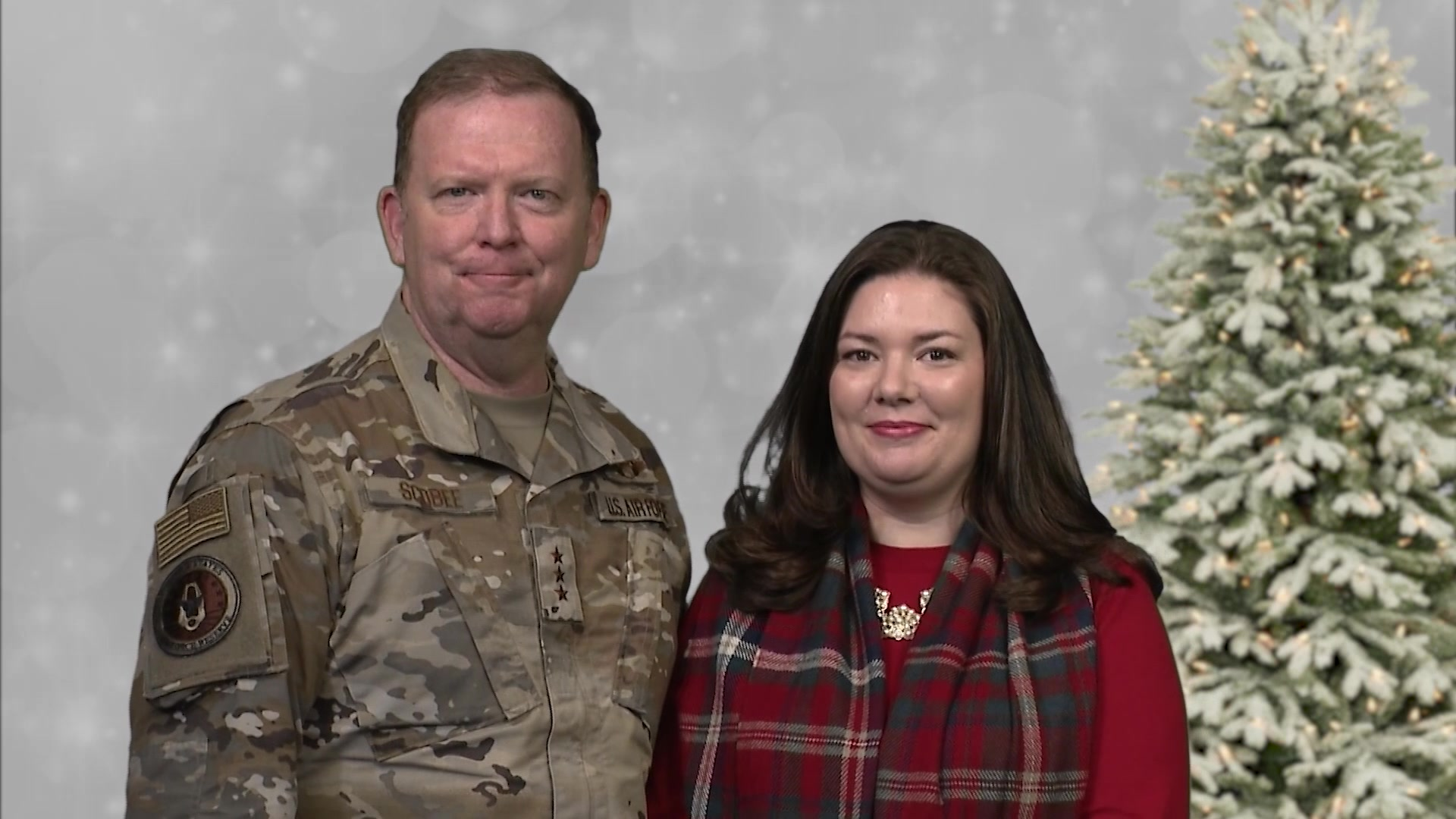 Video of commander, Air Force Reserve Command, Lt. Gen. Richard Scobee and his wife, Janis, sending holiday greetings to the men and women of Air Force Reserve Command and to those reservists deployed around the world this holiday season.