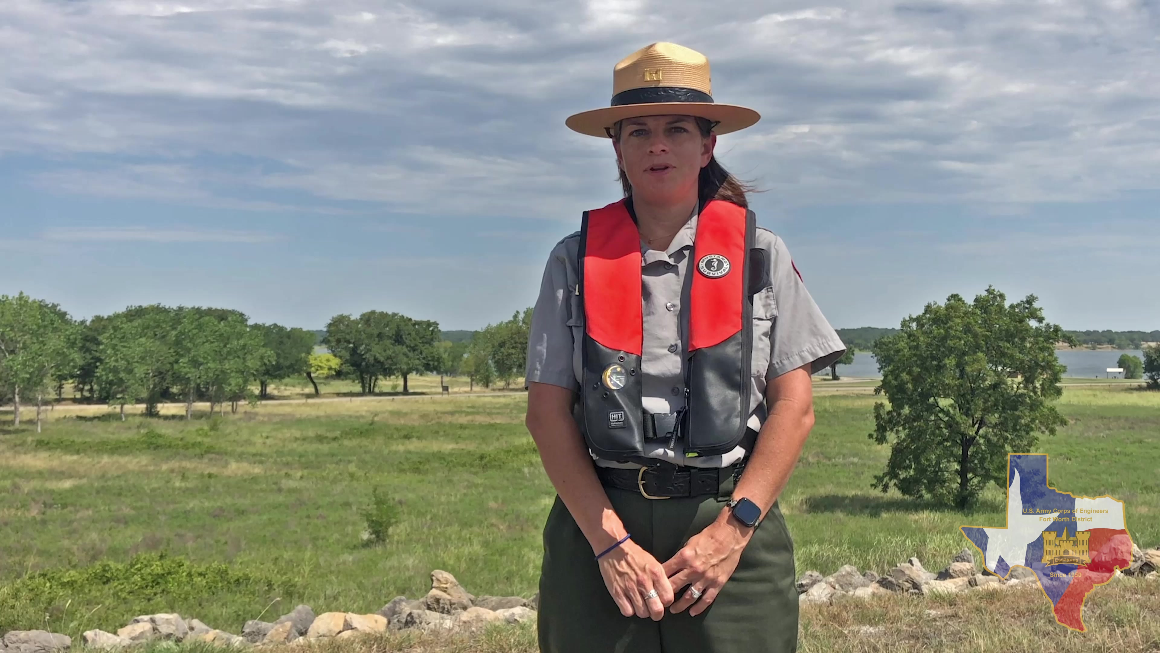 In this water safety video Ranger Stephanie Jones from USACEFortWorth's Proctor Lake talks about the dangers of mixing alcohol and boating.
