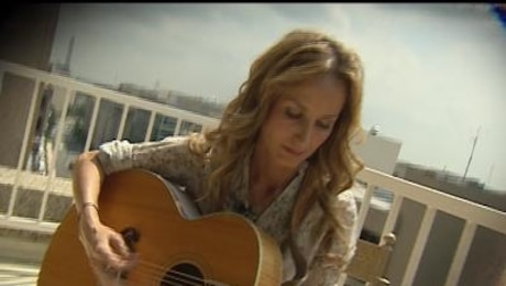 "Command Performance: Chely Wright, ""Broken"""
