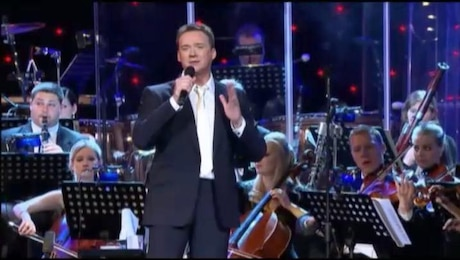 Command Performance: Russell Watson