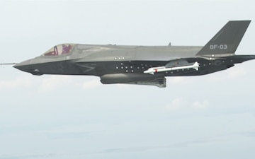 First F-35 Weapons Separation Test