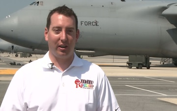 Kyle Busch Visits Dover Air Force Base