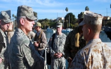 Distinguished guests visit joint exercise Pacific Horizon 2015 (B-ROLL)