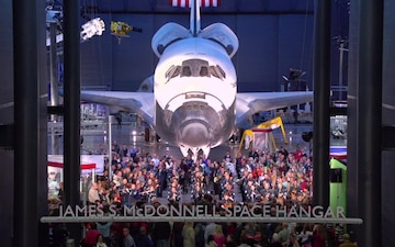 2014 Holiday Flash Mob - The USAF Band at the Smithsonian's National Air and Space Museum, Steven F. Udvar-Hazy Center