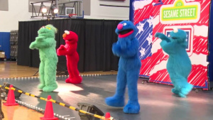 Sesame Street Sings and Dances It's Way To Guam
