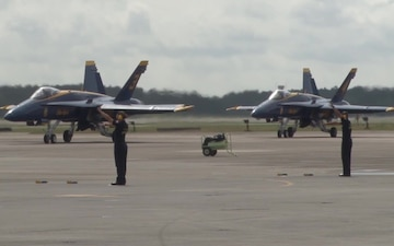 Blue Angels arrive for 2016 MCAS Cherry Point Air Show