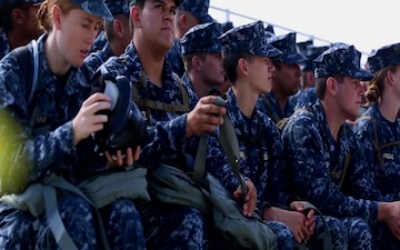 College students train with Marines