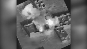 Oct. 22: Coalition airstrike destroys Da'esh fighting position near Mosul, Iraq