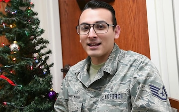 Staff Sgt. Fernando Hernandez Moran holiday greeting