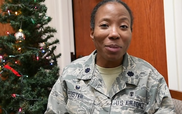 Lt. Col. Gwendolyn Foster holiday greeting