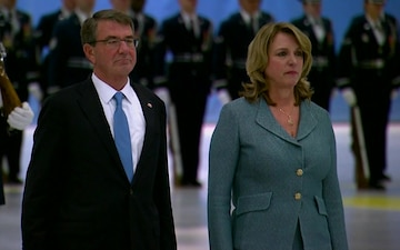 Carter Speaks at Air Force Secretary Farewell