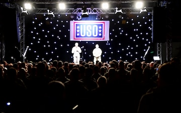 USO Holiday Tour 2016