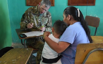 MEDRETE Mission Supports Health Efforts in Corinto