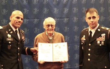 Stan Lee Gets Inducted into the SCRA