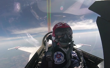 Scott AFB Airshow Thunderbirds Shout Out