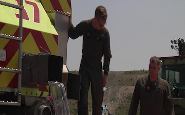 Aircraft Rescue and Firefighting Marines train with static water and live fire (Package/Pkg)