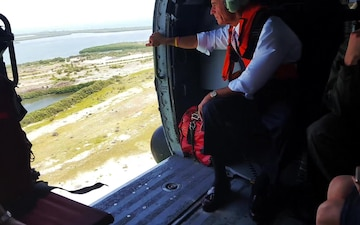 Coast Guard provides congressman a lift for Pinellas County, Florida beach erosion assessment