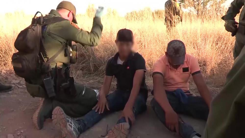 Dvids Video Border Patrol Agents Serve Search Warrant