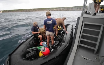 All Hands Update: Western Pacific Naval Symposium Diving Exercise
