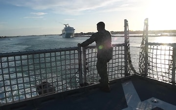 USNS Spearhead (T-EPF 1) Departs Naval Air Station Key West