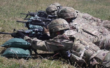 Paratroopers from 1-143 Zero their Weapons in Preparation for a Live Fire Exercise as Part of Exercise Saber Guardian 2017