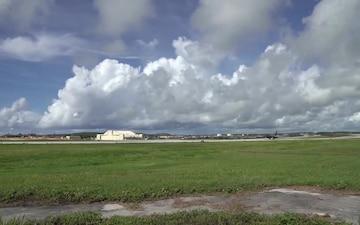 B-1B Lancer takeoff 1