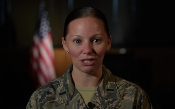 1st Lieutenant Katie Spencer Holiday Greeting