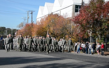 117th Air Refueling Wing marches in Birmingham Veterans Day parade