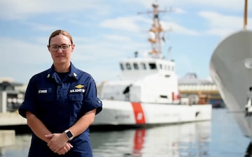 Petty Officer 1st Class Jaclyn Stamos Holiday Greeting