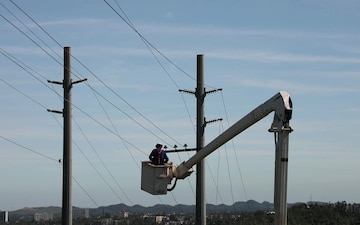 USACE Power Grid Work in Puerto Rico