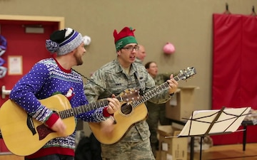 Alaska Guardsmen bring holiday cheer to St. Michael