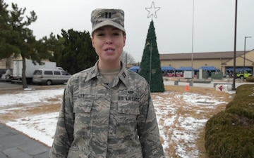 Capt Laura Duty Holiday Greeting