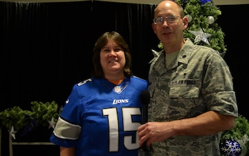 Lt Col Stephen Griep - Holiday Greeting