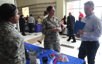 AFRC Recruiters attend military job fair