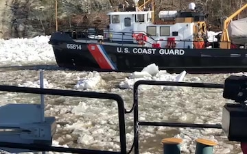 Coast Guard Harbor Tugs break ice on Connecticut River