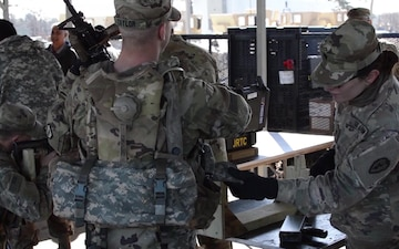 US, UK Soldiers zero MILES gear for JRTC