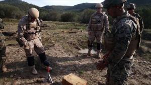 U.S. and Spanish EOD Marines Train Together
