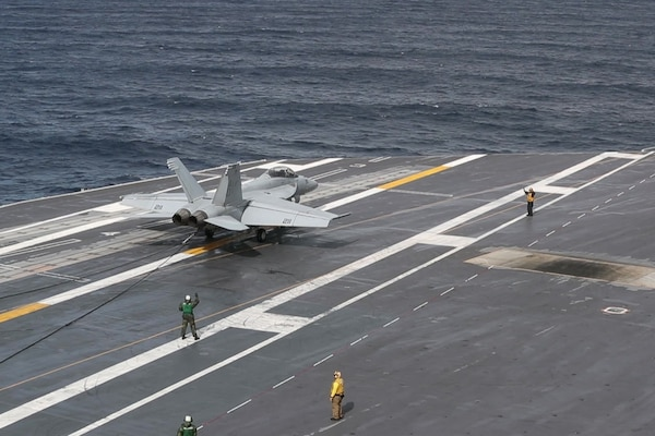USS Abraham Lincoln (CVN 72) Flight Operations