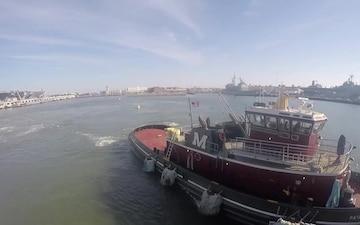 USS Abraham Lincoln Underway