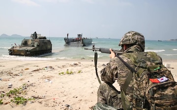 Cobra Gold 18: RoK, Thailand and U.S. forces perform amphibious assault