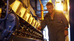 USACE repairs main Vieques generators� (B-roll)