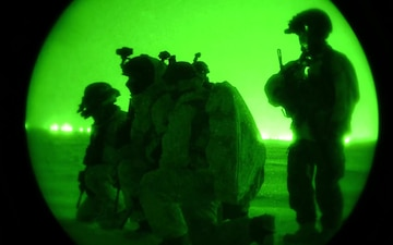 Marines and SOF Troops Participate in Arctic Edge 18