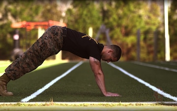 Follow Me Fitness Normal Base Push-Up