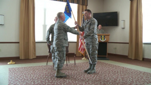 914th Communications Squadron Gets New Commander