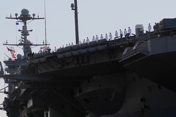 USS Harry S. Truman (CVN 75) Departs For Deployment